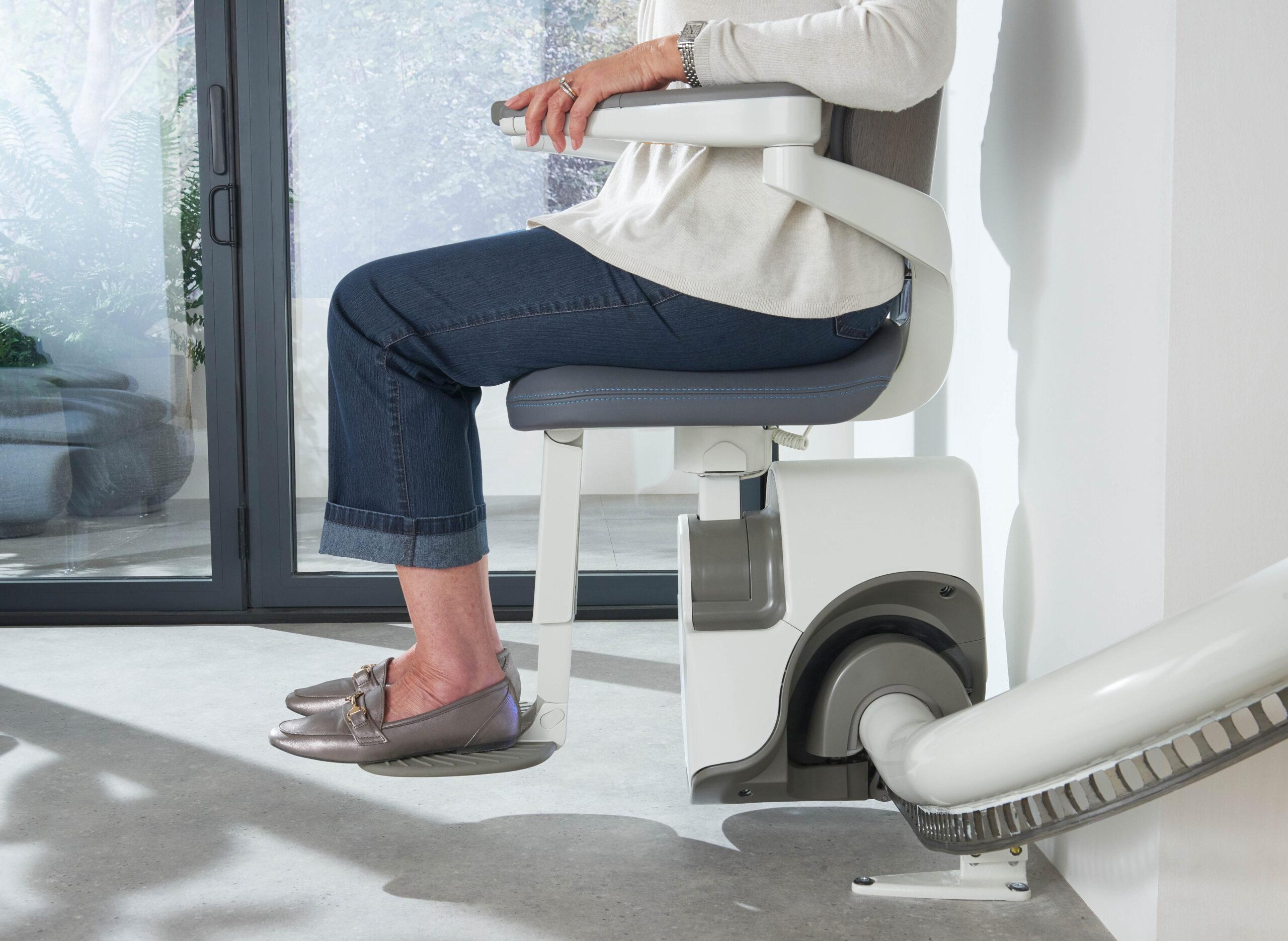 Krzesełko schodowe krzywoliniowe winda cena